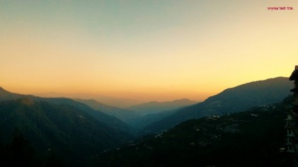 morning in Narkanda, HP. the air was crisp and the 40 km downhill start to the day gave us boundless, boundless joy