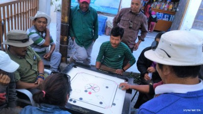 carrom board seems to be the favourite past time of men of all ages in Spiti valley. these guys started this game at around 8 am with a bottle of Godfather beer. and kept at it for the whole day! not the beer, but the game. didn't see any women getting inolved though. saw them working the fields and tending to the cattle and children